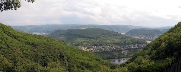 """Der """"Vierseenblick"""" bei Boppard - Bild: Wikipedia"""